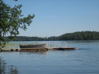 Puumerkki, a typical Finnish cottage, sauna and boat ..., Karjalohja