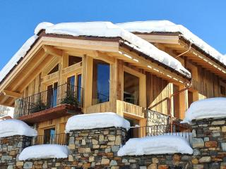 Chalet: 'Le Chalet' catered in 3 valleys for  6 to 10 guests