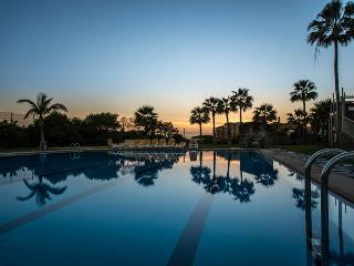02 Seafront, golf, swimming pool, Golf del Sur