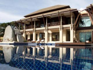 Luxury seaview Villa - 4 bedrooms, Taling Ngam