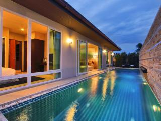 The Ville Jomtien Pool Villa Grande 4 Bed (C12), Pattaya
