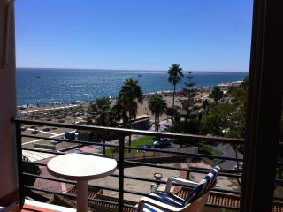 Holiday studio in the beachfront of Torremolinos