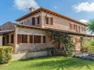 Villa with private pool in Pollensa (Can Bach)