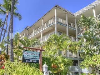 Oceanfront one bedroom unit with amazing views, Kailua-Kona