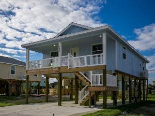 3BR/2BA  Prime Beach House, Newly Constructed, Port Aransas, Sleeps 8