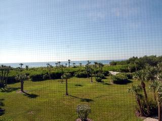 Gulf view Sandpiper Beach condo