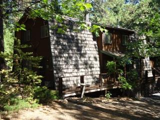 Room for the extended family w game room off deck, 3 bdrm, 2 bath, sleeps 12., Arnold