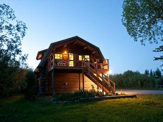 Quintessential Log Cabin - Teton Views - 2 Bedrooms