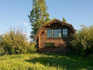 Quintessential Log Cabin - Teton Views - 2 Bedrooms in Wilson, WY.
