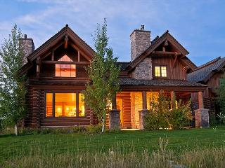 Teton Springs Luxury Log Cabin! - Sleeps 8, Víctor