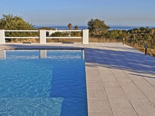 Casa Cubells Spectacular views  pool very private