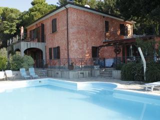 Appartamento in villa  Toscana con piscina, Castellina Marittima