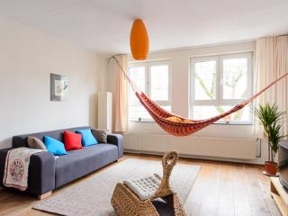 2-BR city apartment, perfect for FAMILIES, Amsterdam