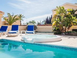 Oceanview Villa 066 - Private Pool and Jacuzzi