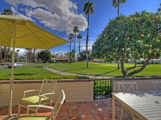CE4 - Rancho Las Palmas Country Club - 3 BDRM, 2 BA