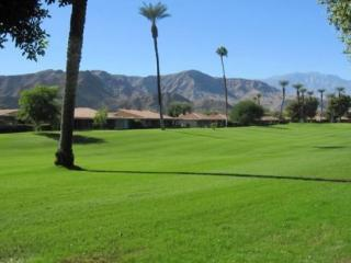 MAL16 - Sunrise Country Club Vacation Rental - 2 BDRM, 2 BA, Rancho Mirage