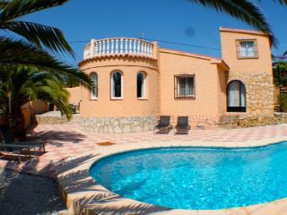 Cometa-86 tradiitional style villa Calpe Spain