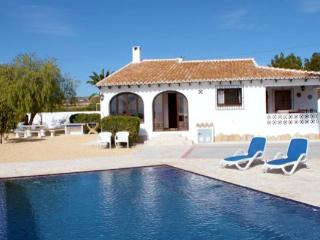 Canto de Hada - well furnished villa with panoramic views in Moraira