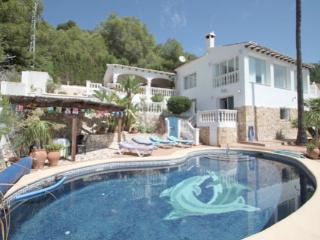 Delfín villa with 180º sea views private pool, Moraira