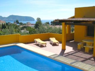 Devesa - picture perfect sea view holiday hone in Moraira