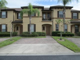 Beautiful/Upgraded Townhome at Regal Palms, Davenport