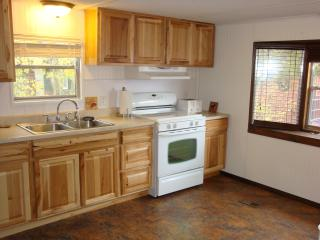 Elk Home - great location and close to YNP!, West Yellowstone