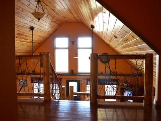 Star Teaser Chalet, Spacious Cabin in Red River Gorge.