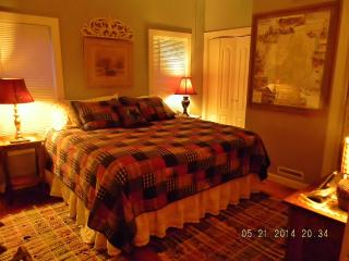 Perfect Romantic Adirondack Cabin Escape!, Northville