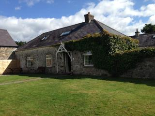 Traditional Cottage in the Kingdom of Mourne, Dundrum