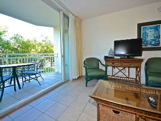 Puerto Rico Suite Cozy beach condo with pool and hot tub access!, Key West