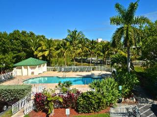 Cat Island Suite Pool and hot tub access!, Key West