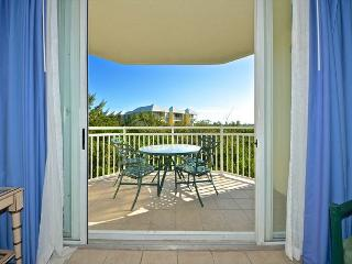 Saint Thomas Suite - 2/2 Condo w/ Pool & Hot Tub - Near Smathers Beach, Key West
