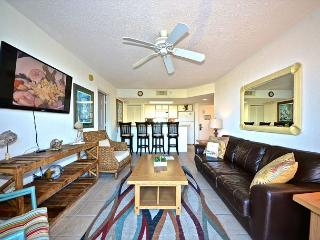 Grand Cayman Suite #309 - 2/2 Condo w/ Pool & Hot Tub - Near Smathers Beach, Key West
