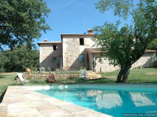 Casa Colomba Villa in the heart of Tuscany, Monteriggioni