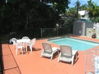 Nicely Renovated Fort Myers Beach Vacation Home with upscale Decor and