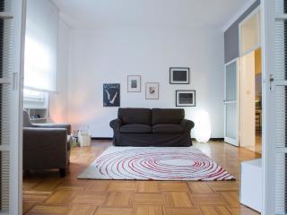 Active Rent cozy design apartment near Fiera Milan, Milán