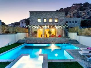 The Pefkos Stone House - Two bedroom