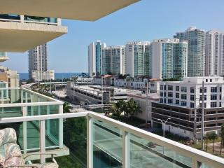 3 Bedrms, Oceanview, Bayview, Riverview, Sunny Isles Beach