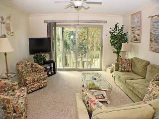 Surf Court 66 - Charming Townhouse - 1 block to the Beach