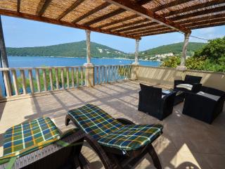 A spacious 4-star seaside apartment (1)