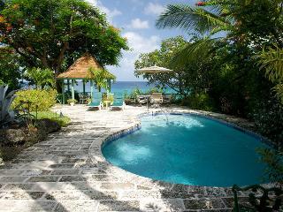 Senderlea at Derricks, Barbados - Beachfront, Pool, Oceanfront Gazebo, St. James