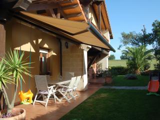 Precioso chalet con jardín privado, Gajano