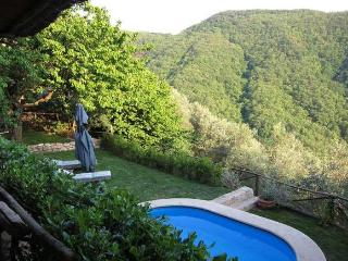 casale in collina , vista mare indimenticabile