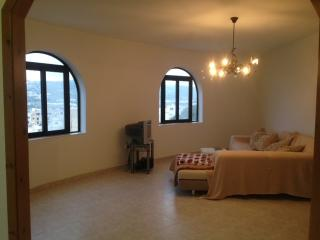 Unique apartment with a view of St Paul's Bay, Xemxija