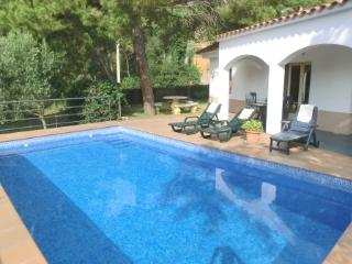 4 bedroom Villa in Lloret de Mar, Catalonia, Spain - 5223744