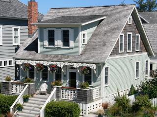Ocean Song w/ Carriage House, Pacific Beach