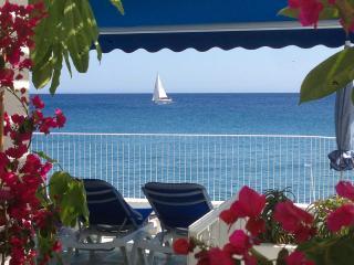 Villa de Lujo en la misma arena de la playa, Puerto Del Carmen