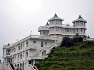 L R Heights Homestay in Shimla