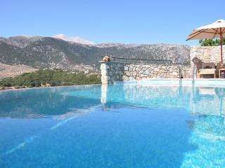 villa askyfou, Chania