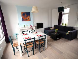 "Friendly, 2-br CITY apartment in ""de PIJP"", Amsterdam"